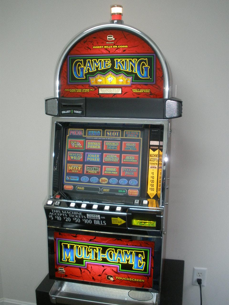 Halls Slot - 619940