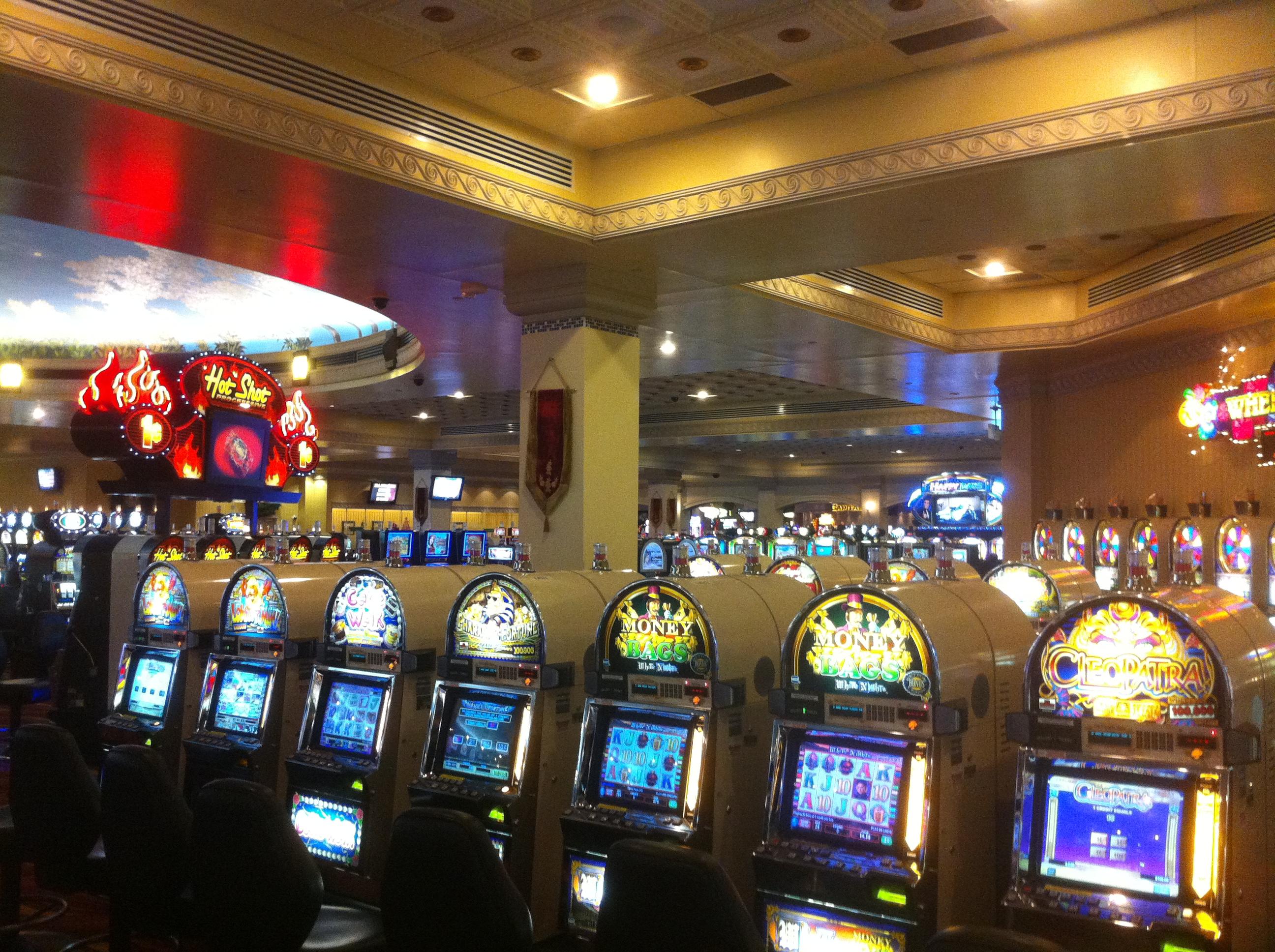 Merry Xmas Slot - 670005