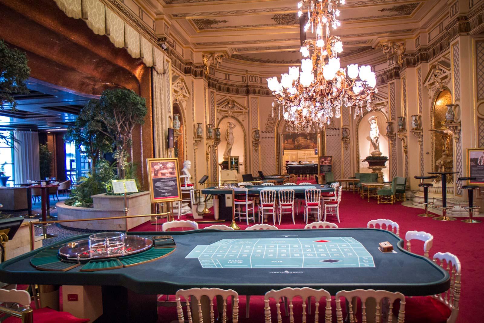 Famous Gamblers - 187330