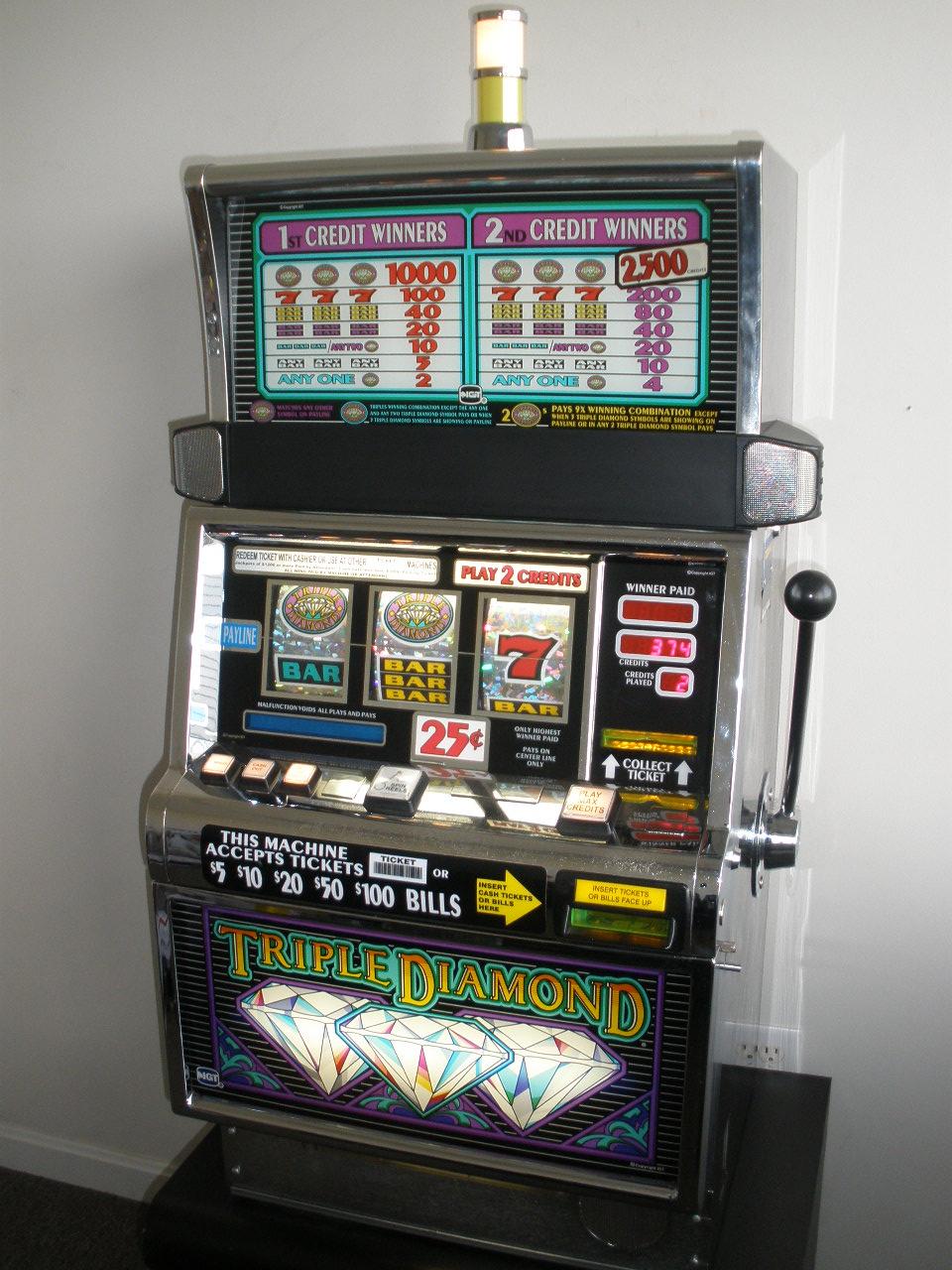 Halls Slot Review - 916434